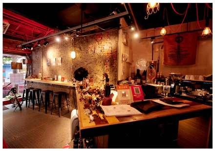 Bars & clubs by 艾莉森 空間設計
