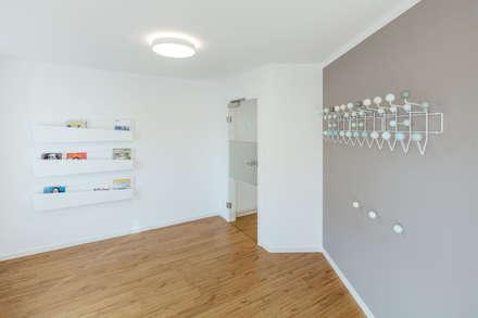 Garderobe:  Praxen von Steinmetz & Loeckle Part GmbB Architekten - Innenarchitekt
