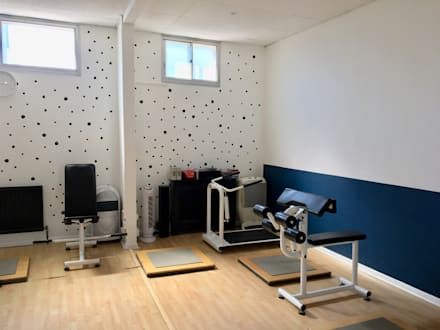 Design of a boutique gym:  Commercial Spaces by Belle & Cosy Interior Design