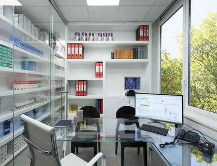 Farmacia Le Rughe: Spazi commerciali in stile  di Arabella Rocca Architettura e Design