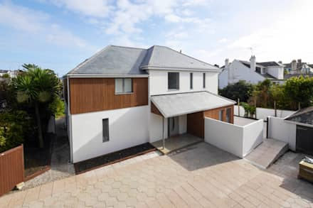 New Build, Falmouth, Cornwall:  Detached home by Marraum