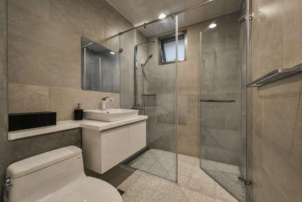 廁所:  浴室 by 王采元工作室