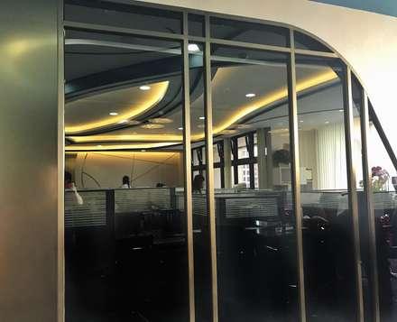 傳遞品牌中對工藝的追求 & 美的堅持 ...:  辦公室&店面 by 騰龘空間設計有限公司