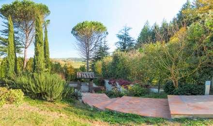 สวนหน้าบ้าน by AplusP  Architettura e Paesaggio