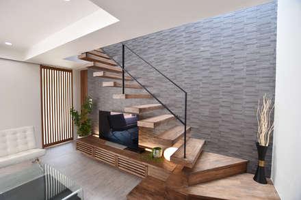 階段: 有限会社 秀林組が手掛けた階段です。