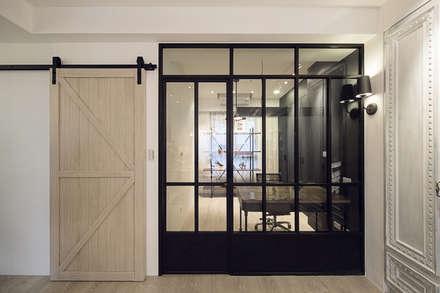極簡法式絮語  :  牆面 by 文儀室內裝修設計有限公司