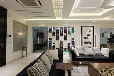 moderne Wohnzimmer von Conarch Architects