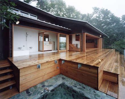 中庭のある家|水谷嘉信建築設計事務所의  스파