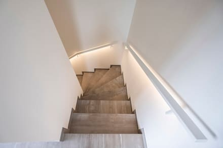 Musterhaus Hollenfels «Schlossacht»:  Treppe von Maisons Loginter