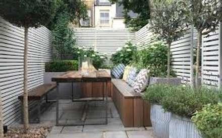 Casa n. 3: Giardino in stile in stile Scandinavo di Rossi Design