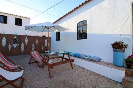 Casa Rocha, Vintage Algarvio: Terraços  por Atelier  Ana Leonor Rocha