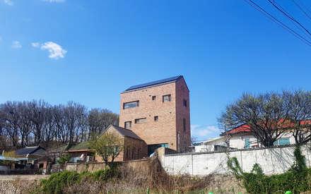 YEDAZEDA: AAPA건축사사무소의  목조 주택