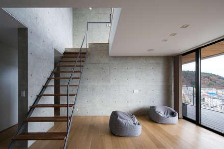 บันได by ARCHIXXX眞野サトル建築デザイン室
