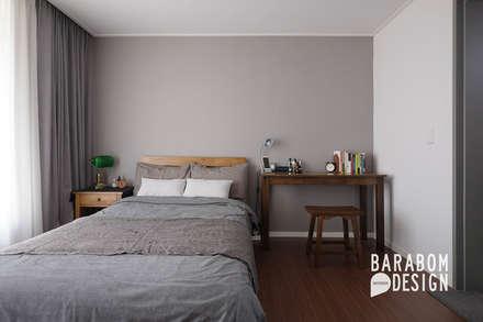 scandinavian Bedroom by 바라봄디자인