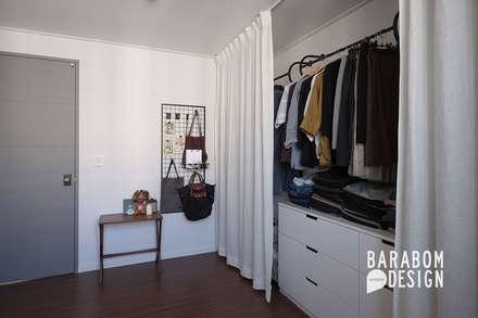 Closets de estilo escandinavo por 바라봄디자인