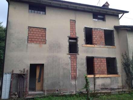 Prospetto nord - tamponamenti: Casa unifamiliare in stile  di studio arch sara baggio