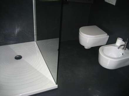 Bagno zona notte: Bagno in stile In stile Country di studio arch sara baggio