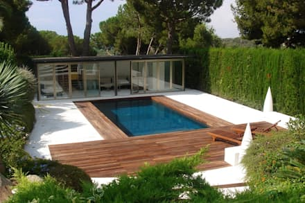 Garden Pool by Imma Carner Arquitectura Interior