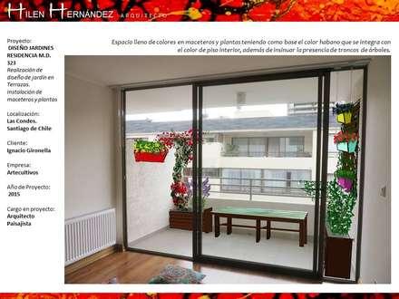 PAISAJISMO: Terrazas  de estilo  por H3A ARQUITECTOS
