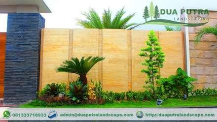 Front yard by Dua Putra Landscape