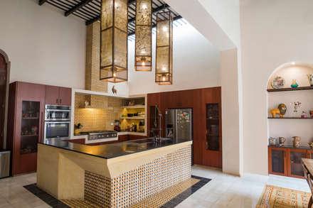 廚房 by Taller Estilo Arquitectura