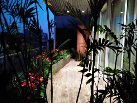 Front garden by Bilüm: bioingeniería del paisaje