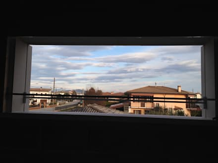 studio arch sara baggio의  플라스틱 창문