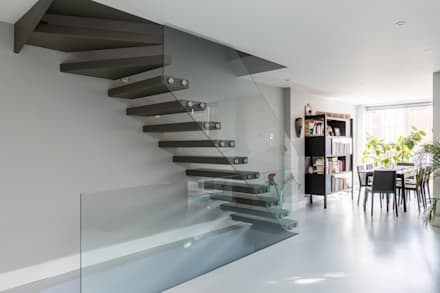 Basement Staircase:  Stairs by Hatch Construction Ltd