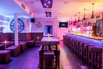 Bar und Bartische von DELIFE im Chicas Coburg:  Bars & Clubs von DELIFE