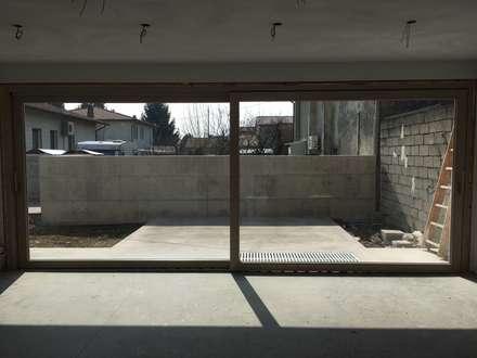 Double Garage by Architetti Baggio