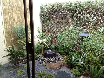 DURBACH: asian Garden by Japanese Garden Concepts