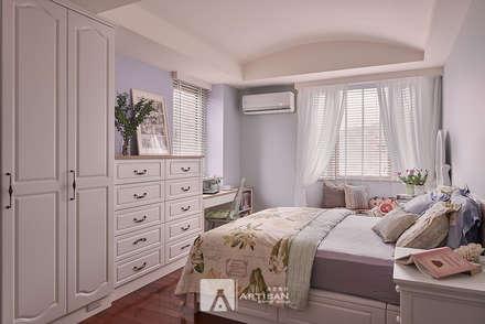 country Bedroom by 芸匠室內裝修設計有限公司
