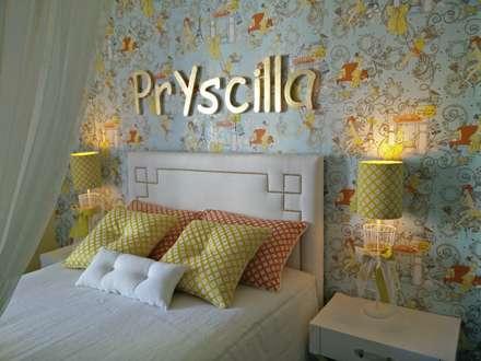 Apartamento no centro de Lisboa : Quartos tropicais por Angelourenzzo - Interior Design