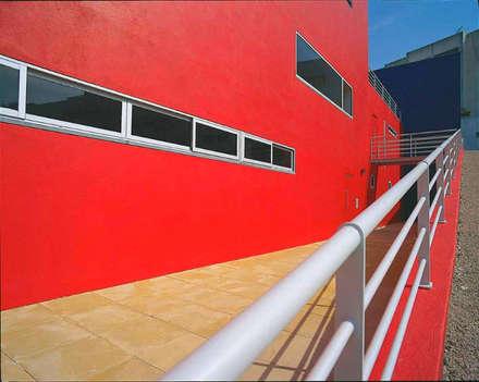 Lar da Terceira Idade: Hospitais  por Nuno Ladeiro, Arquitetura e Design