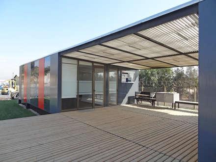 Oficinas Modulares Transportables: Escaleras de estilo  por m2 estudio arquitectos
