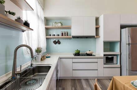 Кухонные блоки в . Автор – 達譽設計