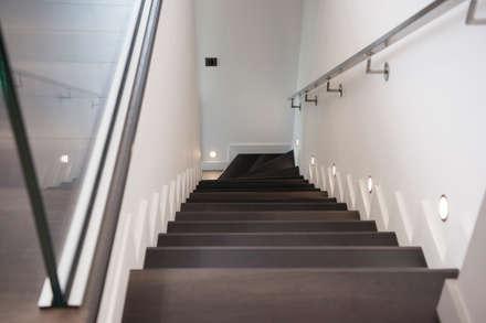 Escalier: Escalier de style  par réHome