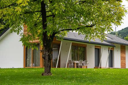 Prefabricated home by Woodbau Srl
