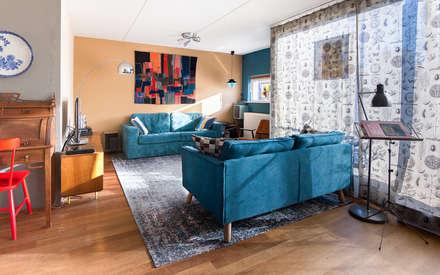 De zithoek: eclectische Woonkamer door Regina Dijkstra Design
