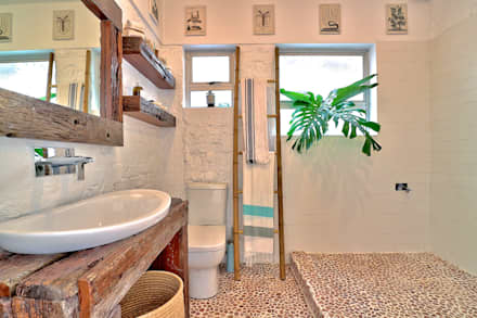 Beach Retreat: eclectic Bathroom by Studio Do Cabo