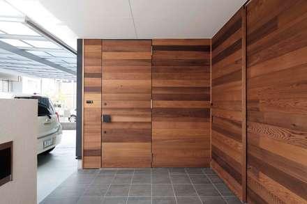 東中浜の家2: 中澤建築設計事務所が手掛けた家です。