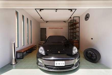 Nhà để xe/Nhà kho by 層層室內裝修設計有限公司