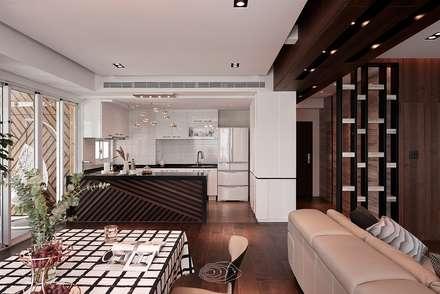 退休人文景觀宅:  餐廳 by 層層室內裝修設計有限公司
