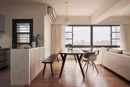 scandinavian Dining room by 層層室內裝修設計有限公司