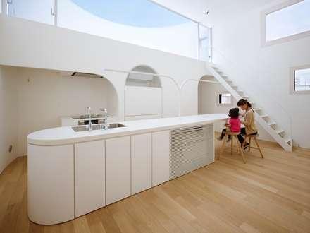 光舞台の家: FUTURE STUDIOが手掛けたキッチンです。