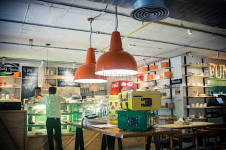 DELI 9 BISTRO  :  Commercial Spaces by Crafted Spaces