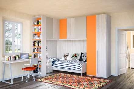 Furlan camera da ragazzo composizione angolare: Camera da letto in stile in stile Eclettico di ROOM 66 KITCHEN&MORE