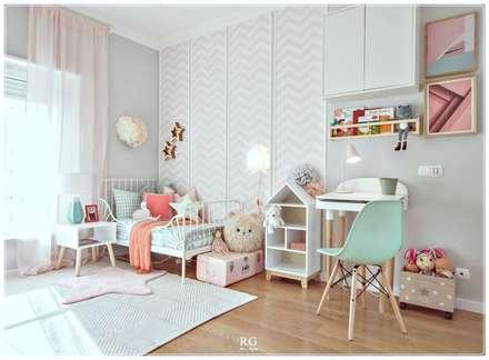 The Perfect Kingdom: Quartos de rapariga  por RG Home Stylist