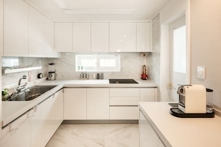 modern Kitchen by 봄디자인