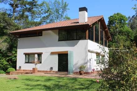 Casas unifamiliares de estilo  por BALDO ARQUITECTURA